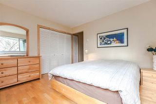 Photo 10: 201 1550 MARINER WALK in Vancouver: False Creek Condo for sale (Vancouver West)  : MLS®# R2245004