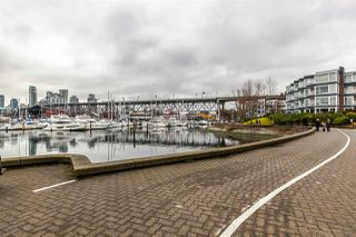 Photo 20: 201 1550 MARINER WALK in Vancouver: False Creek Condo for sale (Vancouver West)  : MLS®# R2245004