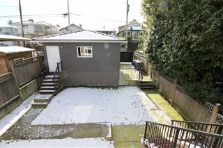 Photo 18: 2816 E 4TH Avenue in Vancouver: Renfrew VE House for sale (Vancouver East)  : MLS®# R2254032
