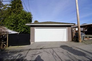 Photo 19: 2816 E 4TH Avenue in Vancouver: Renfrew VE House for sale (Vancouver East)  : MLS®# R2254032