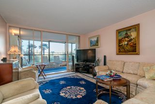 "Photo 10: 209 1470 PENNYFARTHING Drive in Vancouver: False Creek Condo for sale in ""HARBOUR COVE"" (Vancouver West)  : MLS®# R2268174"