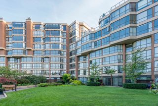 "Photo 1: 209 1470 PENNYFARTHING Drive in Vancouver: False Creek Condo for sale in ""HARBOUR COVE"" (Vancouver West)  : MLS®# R2268174"
