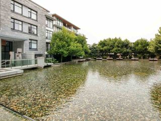 """Photo 4: 213 5955 IONA Drive in Vancouver: University VW Condo for sale in """"FOLIO"""" (Vancouver West)  : MLS®# R2275124"""