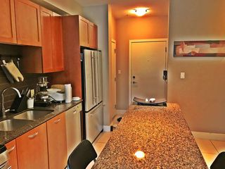 """Photo 9: 213 5955 IONA Drive in Vancouver: University VW Condo for sale in """"FOLIO"""" (Vancouver West)  : MLS®# R2275124"""