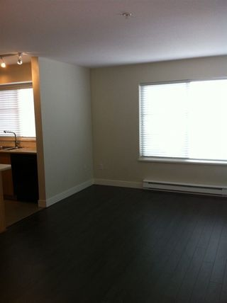 "Photo 3: 404 45561 YALE Road in Chilliwack: Chilliwack W Young-Well Condo for sale in ""The Vibe"" : MLS®# R2279689"