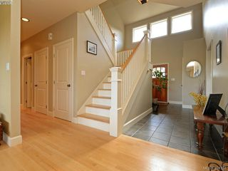 Photo 9: 2367 Tanner Ridge Place in VICTORIA: CS Tanner Single Family Detached for sale (Central Saanich)  : MLS®# 394181
