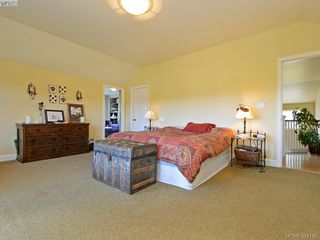 Photo 10: 2367 Tanner Ridge Place in VICTORIA: CS Tanner Single Family Detached for sale (Central Saanich)  : MLS®# 394181