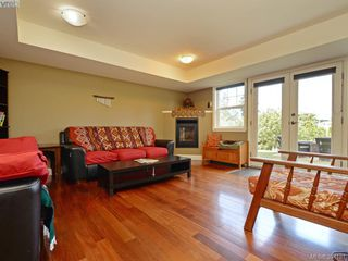 Photo 11: 2367 Tanner Ridge Place in VICTORIA: CS Tanner Single Family Detached for sale (Central Saanich)  : MLS®# 394181