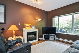 "Photo 2: 35 18701 66 Avenue in Surrey: Cloverdale BC Townhouse for sale in ""Encore at Hillcrest"" (Cloverdale)  : MLS®# R2299597"