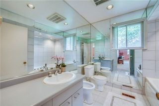 Photo 14: 70 Bestview Drive in Toronto: Bayview Woods-Steeles House (2-Storey) for sale (Toronto C15)  : MLS®# C4242361