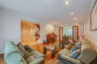 Photo 4: 70 Bestview Drive in Toronto: Bayview Woods-Steeles House (2-Storey) for sale (Toronto C15)  : MLS®# C4242361