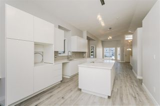 Main Photo: 215 PETER Close in Edmonton: Zone 58 House for sale : MLS®# E4138458