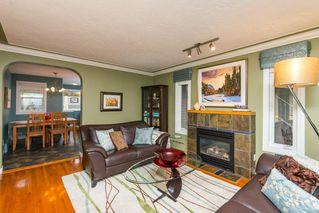 Photo 2: 9835 147 Street in Edmonton: Zone 10 House for sale : MLS®# E4141472