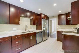 Photo 7: MISSION VALLEY Townhome for sale : 4 bedrooms : 4366 Caminito Pintoresco in San Diego