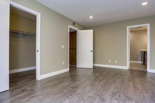 Photo 10: MISSION VALLEY Townhouse for sale : 4 bedrooms : 4366 Caminito Pintoresco in San Diego