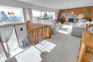 Photo 3: 5791 GRANT Street in Burnaby: Parkcrest House for sale (Burnaby North)  : MLS®# R2339429