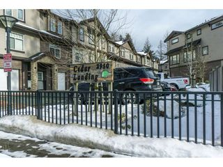 """Main Photo: 19 2950 LEFEUVRE Road in Abbotsford: Aberdeen Townhouse for sale in """"CEDAR LANDING"""" : MLS®# R2341349"""