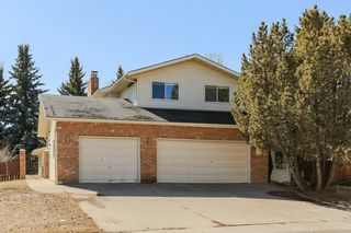 Photo 2: 503 WAHSTAO Road in Edmonton: Zone 22 House for sale : MLS®# E4151412