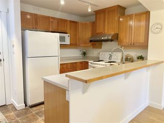 Photo 8: 412 1420 PARKWAY Boulevard in Coquitlam: Westwood Plateau Condo for sale : MLS®# R2358980