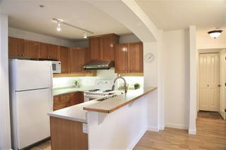 Photo 9: 412 1420 PARKWAY Boulevard in Coquitlam: Westwood Plateau Condo for sale : MLS®# R2358980