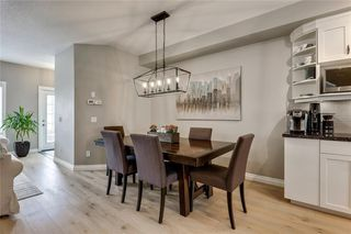 Photo 9: 93 SOMME Boulevard SW in Calgary: Garrison Woods Row/Townhouse for sale : MLS®# C4241800