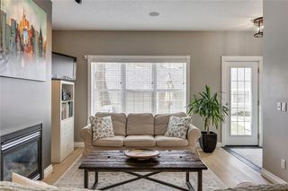 Photo 12: 93 SOMME Boulevard SW in Calgary: Garrison Woods Row/Townhouse for sale : MLS®# C4241800