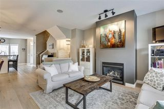 Photo 10: 93 SOMME Boulevard SW in Calgary: Garrison Woods Row/Townhouse for sale : MLS®# C4241800