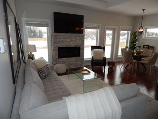 Photo 9: 693 Papillon Drive in St. Adolphe: House for sale : MLS®# 1801251