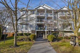"""Photo 1: 315 20177 54A Avenue in Langley: Langley City Condo for sale in """"Stone Gate"""" : MLS®# R2377548"""