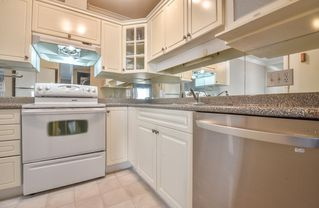 """Photo 6: 315 20177 54A Avenue in Langley: Langley City Condo for sale in """"Stone Gate"""" : MLS®# R2377548"""