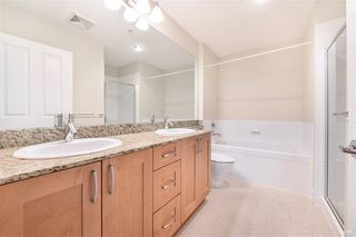 Photo 13: 302 2601 WHITELEY Court in North Vancouver: Lynn Valley Condo for sale : MLS®# R2386833