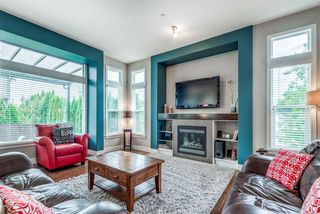 """Photo 5: 19593 THORBURN Way in Pitt Meadows: South Meadows House for sale in """"RIVERS EDGE"""" : MLS®# R2389397"""