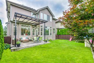 """Photo 18: 19593 THORBURN Way in Pitt Meadows: South Meadows House for sale in """"RIVERS EDGE"""" : MLS®# R2389397"""