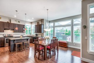 """Photo 8: 19593 THORBURN Way in Pitt Meadows: South Meadows House for sale in """"RIVERS EDGE"""" : MLS®# R2389397"""