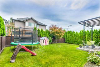 """Photo 19: 19593 THORBURN Way in Pitt Meadows: South Meadows House for sale in """"RIVERS EDGE"""" : MLS®# R2389397"""