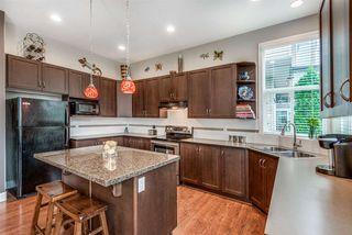 """Photo 9: 19593 THORBURN Way in Pitt Meadows: South Meadows House for sale in """"RIVERS EDGE"""" : MLS®# R2389397"""