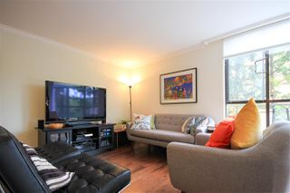 "Photo 3: 109 1450 PENNYFARTHING Drive in Vancouver: False Creek Condo for sale in ""Harbour Cove"" (Vancouver West)  : MLS®# R2403109"