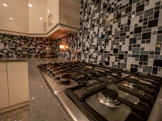 Photo 16: 10133 88 Street in Edmonton: Zone 13 House for sale : MLS®# E4184003