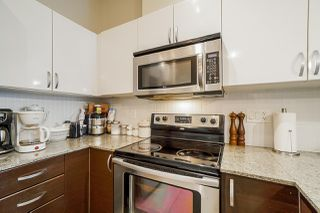 Photo 6: 517 13789 107A Avenue in Surrey: Whalley Condo for sale (North Surrey)  : MLS®# R2430241