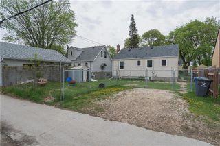 Photo 15: 79 Handyside Avenue in Winnipeg: St Vital Residential for sale (2D)  : MLS®# 202004182