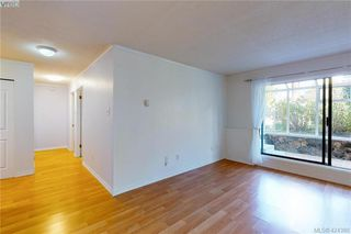 Photo 10: 106 1571 Mortimer Street in VICTORIA: SE Mt Tolmie Condo Apartment for sale (Saanich East)  : MLS®# 424380