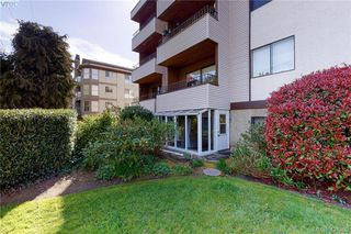 Photo 18: 106 1571 Mortimer Street in VICTORIA: SE Mt Tolmie Condo Apartment for sale (Saanich East)  : MLS®# 424380
