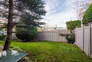"""Photo 19: 30 8716 WALNUT GROVE Drive in Langley: Walnut Grove Townhouse for sale in """"Willow Arbour"""" : MLS®# R2463984"""