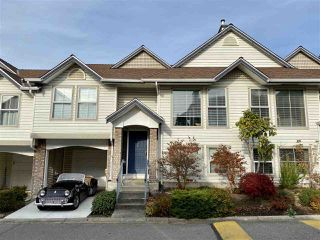 """Photo 1: 30 8716 WALNUT GROVE Drive in Langley: Walnut Grove Townhouse for sale in """"Willow Arbour"""" : MLS®# R2463984"""