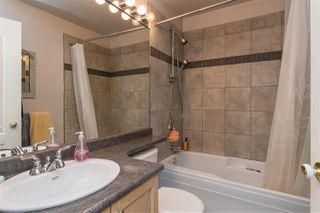 """Photo 13: 30 8716 WALNUT GROVE Drive in Langley: Walnut Grove Townhouse for sale in """"Willow Arbour"""" : MLS®# R2463984"""