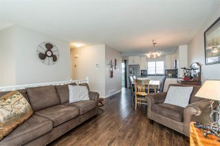 """Photo 5: 30 8716 WALNUT GROVE Drive in Langley: Walnut Grove Townhouse for sale in """"Willow Arbour"""" : MLS®# R2463984"""