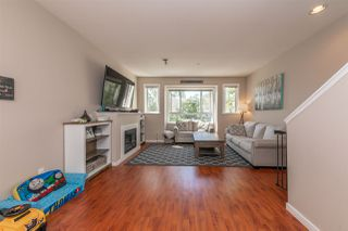 Photo 3: 21 20159 68 Avenue in Langley: Willoughby Heights Townhouse for sale : MLS®# R2483497