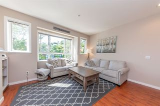 Photo 2: 21 20159 68 Avenue in Langley: Willoughby Heights Townhouse for sale : MLS®# R2483497