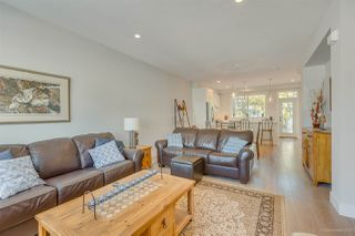 Photo 10: 2 15717 MOUNTAIN VIEW Drive in Surrey: Grandview Surrey Townhouse for sale (South Surrey White Rock)  : MLS®# R2488080