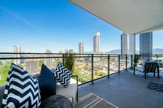 """Photo 4: 2405 2378 ALPHA Avenue in Burnaby: Brentwood Park Condo for sale in """"Milano"""" (Burnaby North)  : MLS®# R2488669"""